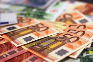 money-1005477_640